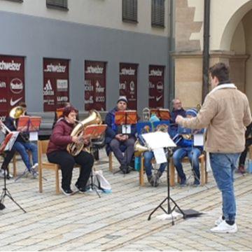 Thumbnail for Jugendbläser-Leiter werden bei Konzert geehrt