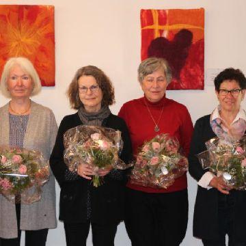 Thumbnail for Wir gratulieren zu 30 Jahren Frauengesprächskreis in der Kreuzkirche Herzlichen Glückwunsch!