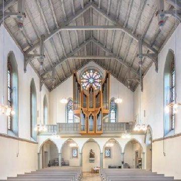 Thumbnail for Digital durch die Kirche